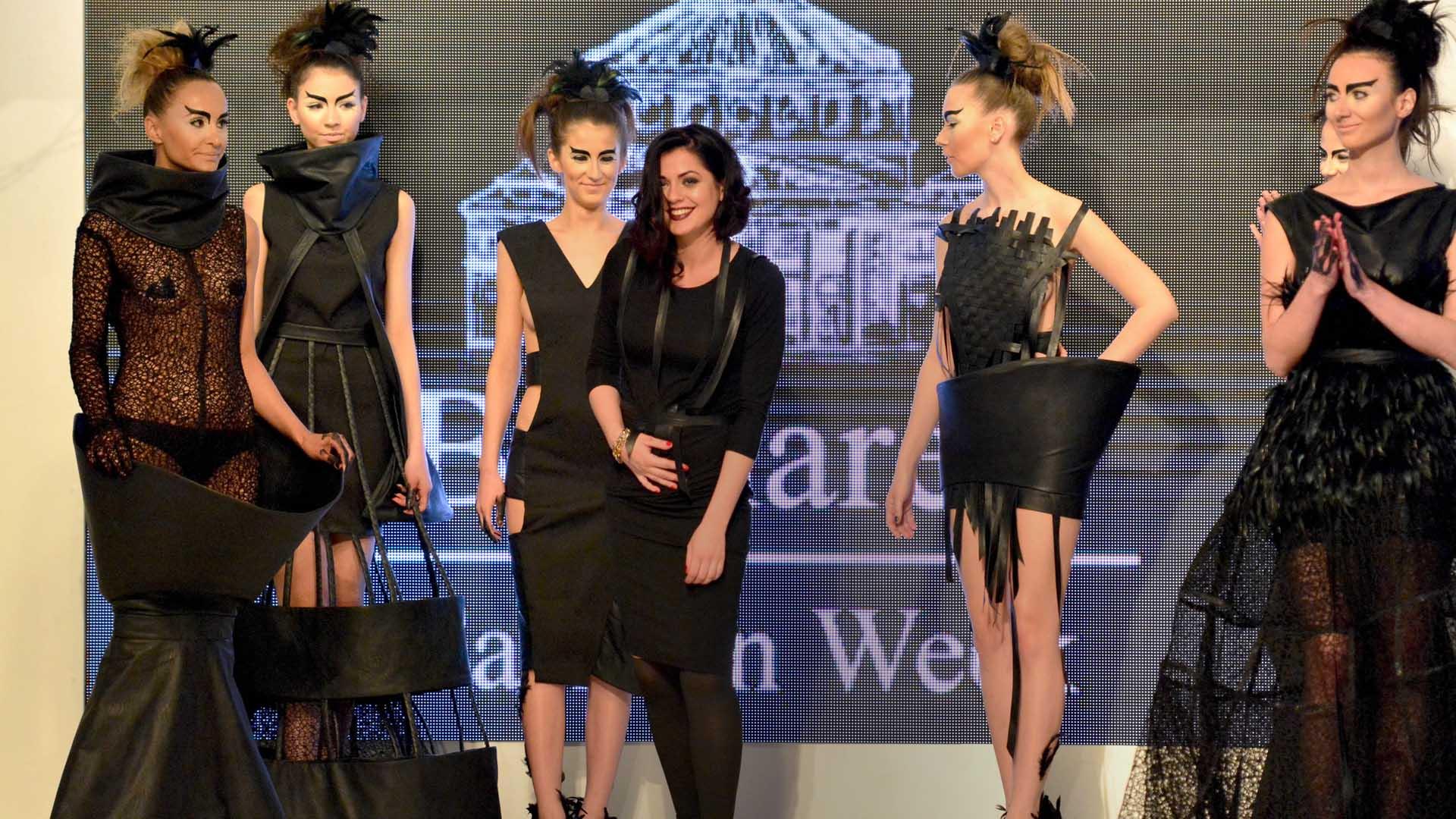 Slider show cursuri design vestimentar