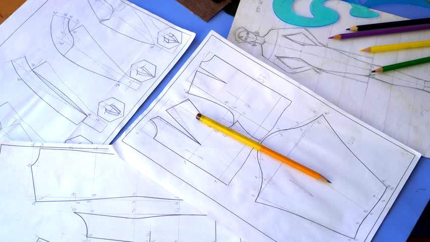 constructia tiparelor in industria modei